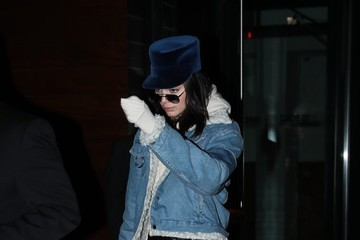 Kendall Jenner Kendall Jenner and Hailey Baldwin Step Out in NYC