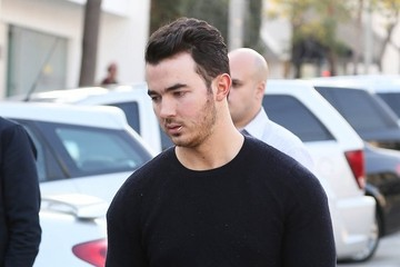 Kevin Jonas Jonas Brothers Get Lunch with Friends — Part 2