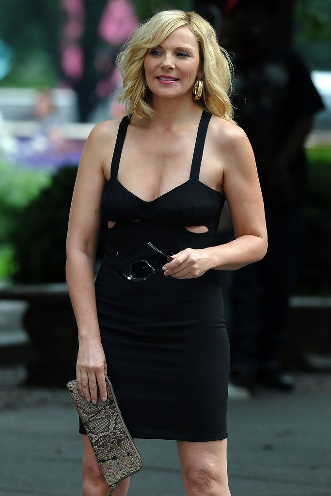 Kim Cattrall In Kim Cattrall Filming Sex And The City 2