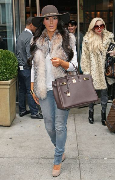 Kim Kardashian Kim Kardashian seen leaving the Smyth Hotel in New York City, NY.
