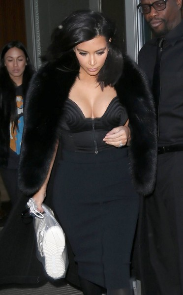 Kim Kardashian Steps Out in NYC
