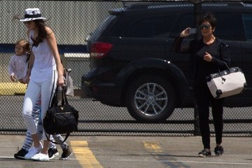 Kris Jenner The Kardashian Klan Is Off To The Hamptons In A Helicopter
