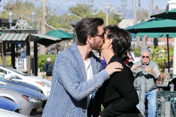 Kris Jenner Scott Disick The 'Keeping Up with the Kardashians' Cast Film at William Sonoma