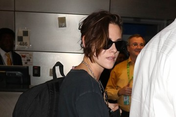 Kristen Stewart Kristen Stewart Catches a Flight at LAX