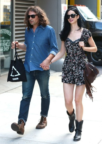 Krysten Ritter Pictures - Krysten Ritter Out with Her ...
