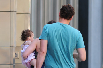 Kyla Weber Vince Vaughn Spends The Day With His Girls