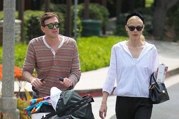 Kyle Newman Jaime King & Kyle Newman Take Son James To The Park