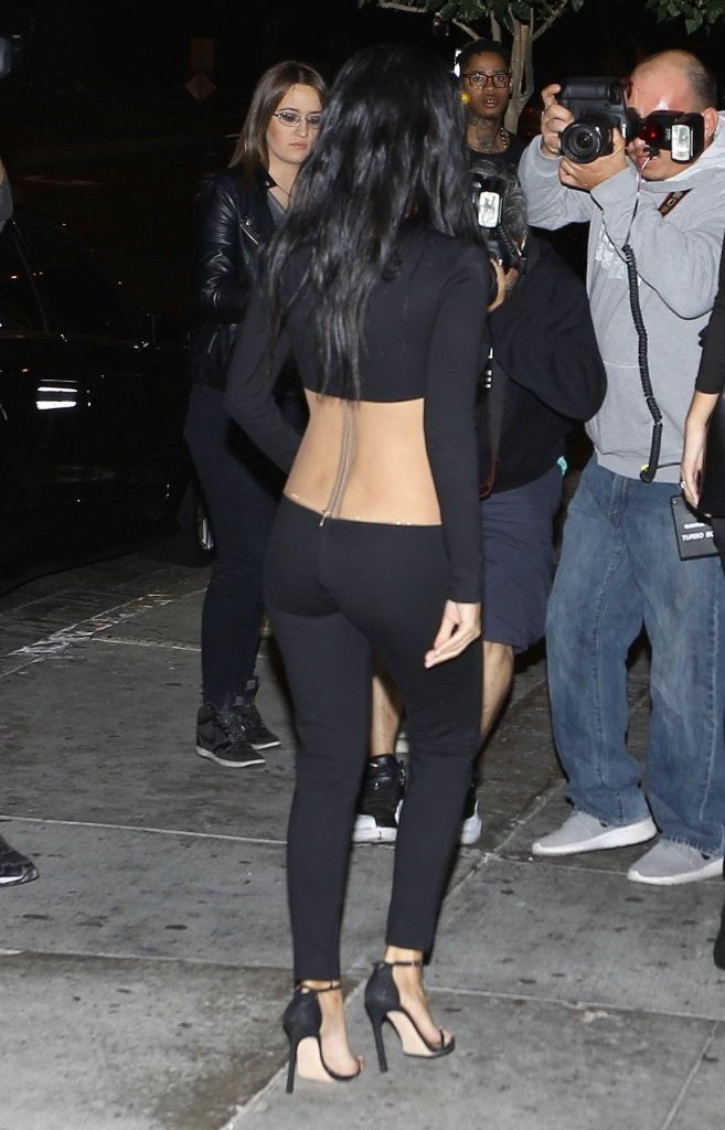 Kourtney Kardashian Photos Photos Kylie Jenner Celebrates Her 18th Birthday In Style Zimbio