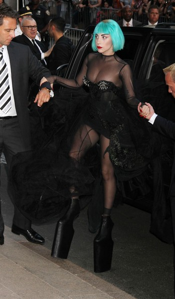 lady gaga 2011 cfda awards. Lady Gaga Celebrities are