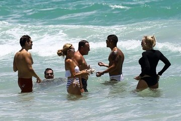 Lauren Foster Marysol Patton and Lauren Foster Are Seen at the Beach With Friends