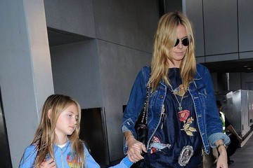 Leni Samuel Heidi Klum Arrives on a Flight at LAX