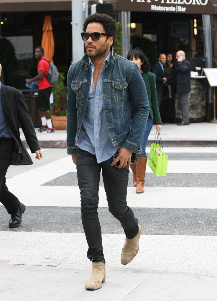Lenny Kravitz Photos Out In Beverly Hills