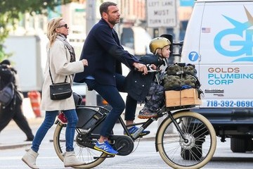 Liev Schreiber Naomi Watts Enjoys a Family Day