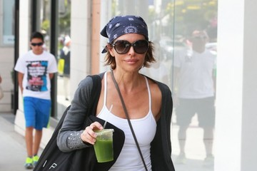 Lisa Rinna Lisa Rinna Shops in Beverly Hills