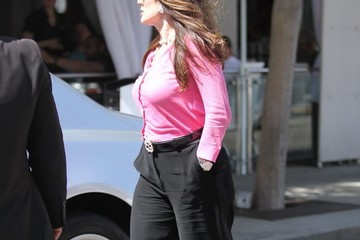 Lisa Vanderpump Lisa Vanderpump Out For Lunch In Beverly Hills