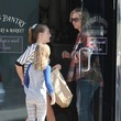 Lola Facinelli Jennie Garth and Her Daughters Get Lunch
