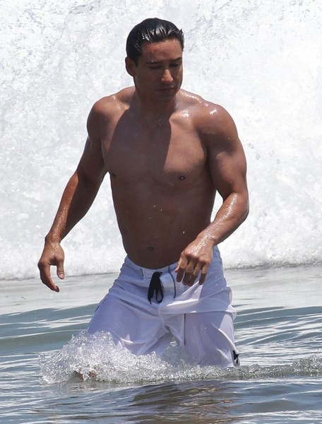 Mario Lopez and Family Enjoy the 4th of July in Malibu