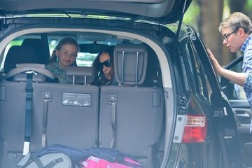 Marion Broderick Sarah Jessica Parker & Family Head Out For A Vacation