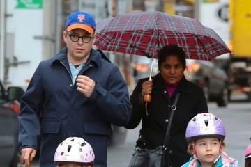 Marion Broderick Matthew Broderick Runs Errands With His Girls