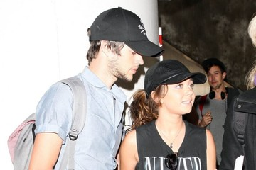 Matt Prokop Sarah Hyland Arriving On A Flight At LAX
