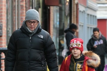Matthew Broderick Matthew Broderick Walks His Son to School