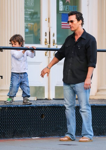 Matthew McConaughey and Camila Alves Are Seen With Their Children in NYC