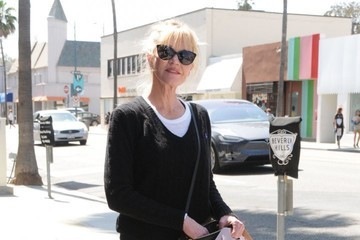 Melanie Griffith Melanie Griffith Goes Out in Beverly Hills