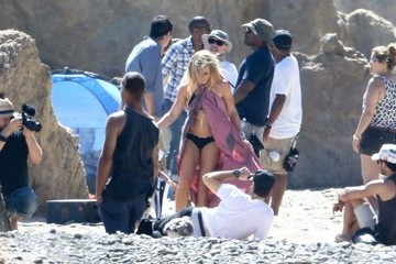 Mike Comrie Hilary Duff Shooting New Music Video In Malibu