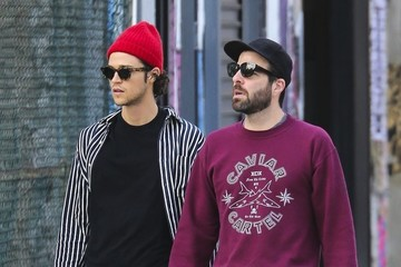 Miles Mcmillan Zachary Quinto and Miles McMillan Take Their Dogs for a Walk in New York