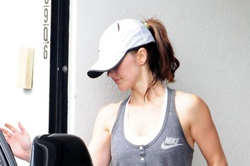 Minka Kelly Minka Kelly Leaves the Gym