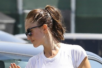 Minka Kelly Minka Kelly Works Up a Sweat