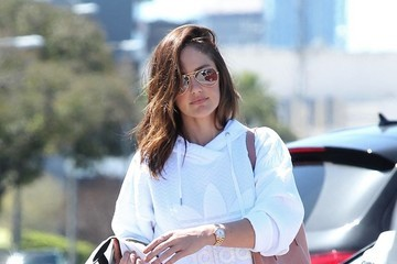 Minka Kelly Minka Kelly Goes Shopping In Beverly Hills