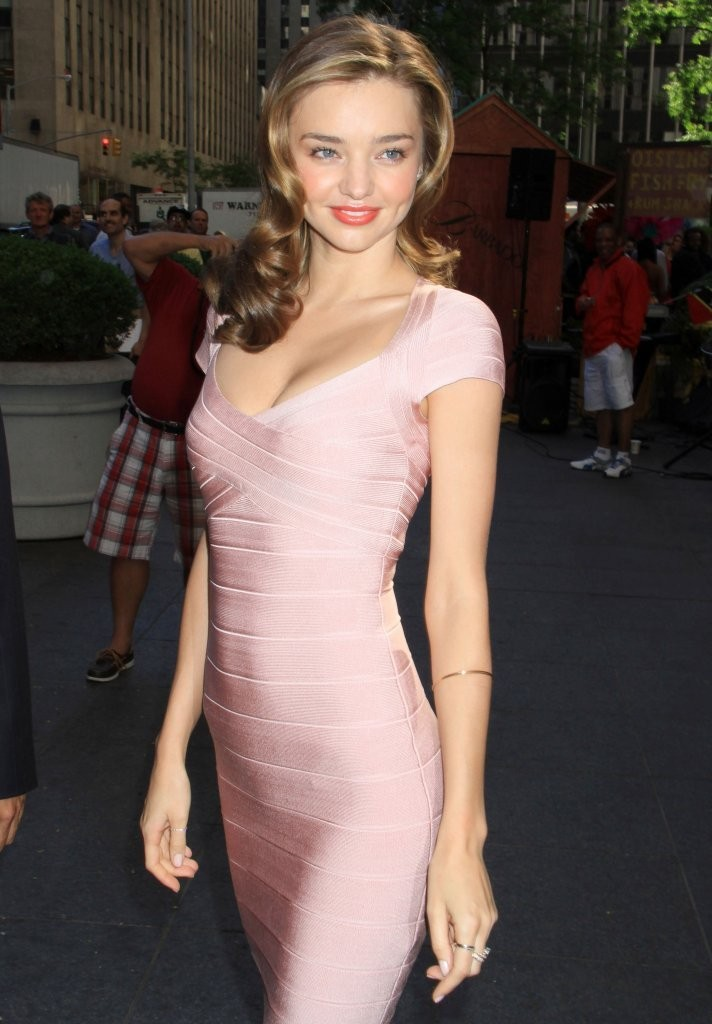 Miranda Kerr - Miranda Kerr Arrives at the Fox Studios
