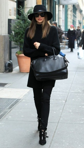 Miranda Kerr - Miranda Kerr Looking Super Chic in NYC