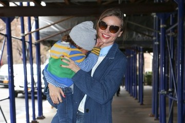 Miranda Kerr Miranda Kerr Travels with Flynn