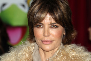 """Lisa Rinna """"The Muppets"""" Los Angeles Premiere - Arrivals"""
