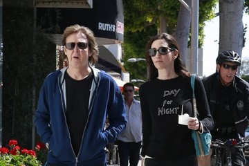 Nancy Shevell Paul McCartney & Nancy Shevell Stop For Pinkberry