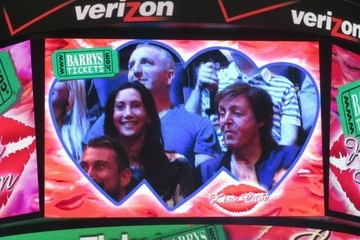 Nancy Shevell Paul McCartney & Nancy Shevell Share A Kiss At The Clippers Game