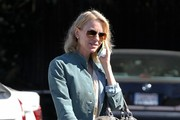 Naomi Watts Stops by the Brentwood Country Mart