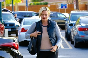 Natasha Henstridge Natasha Henstridge Is Spotted Shopping at Ralphs in LA