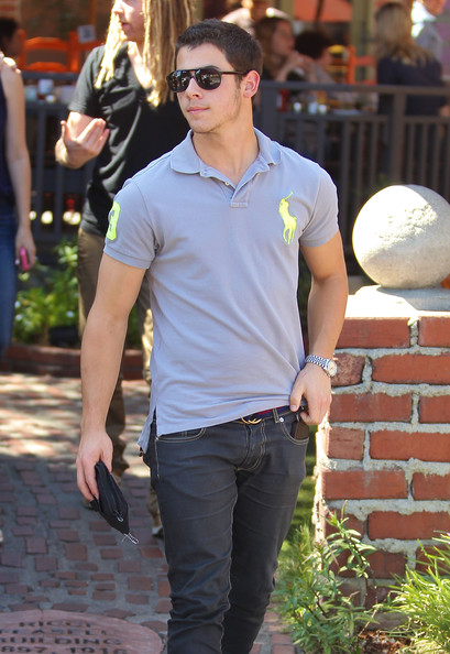 Nick Jonas The Jonas Bros have lunch together at a restaurant in Los Feliz, CA on September 20th, 2012.
