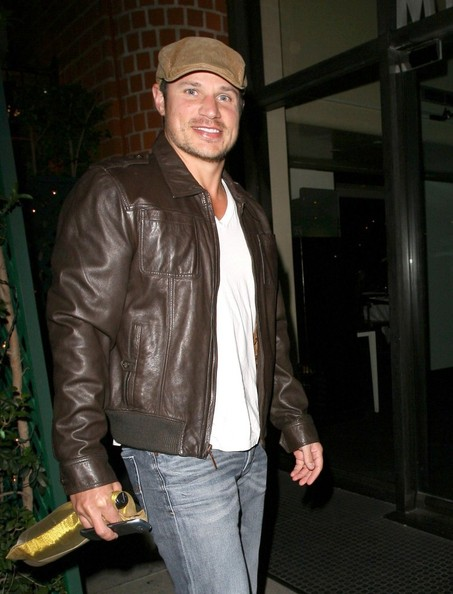 Nick Lachey - Nick Lachey Grabs Dinner in Beverly Hills