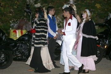 Nicole Richie Stars at Kate Hudson's Halloween Party —Part 5