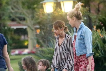 Nicole Richie Sparrow Madden Nicole Richie And Family Leaving The Beverly Hills Hotel