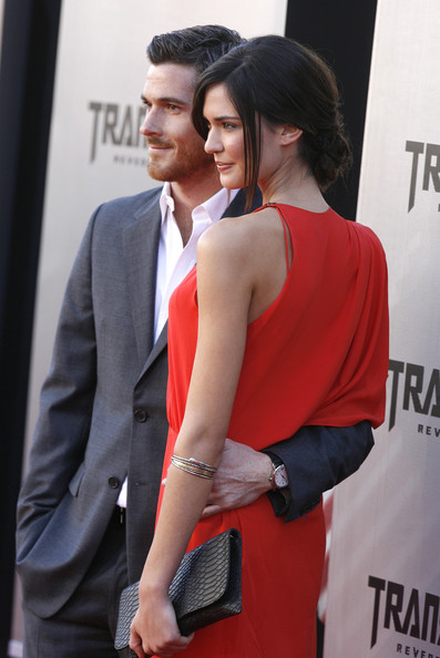 Odette Annable   187  PhotostreamOdette Annable Transformers