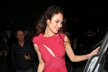Olga Kurylenko Olga Kurylenko Leaves an Oscar Afterparty