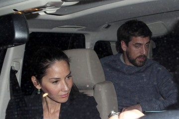 Olivia Munn Olivia Munn & Aaron Rodgers Dine Out Together