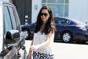 Olivia Munn Olivia Munn Is All Smiles in Beverly hills