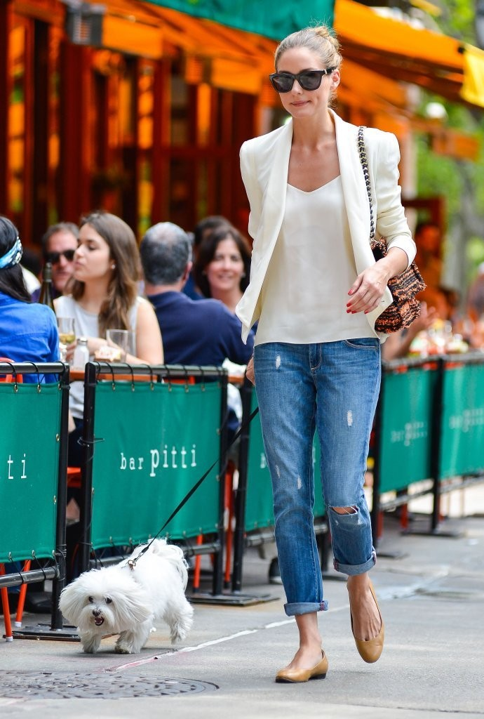 Olivia Palermo Out For Lunch At Bar Pitti