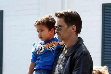 Olivier Martinez Olivier Martinez Buys Groceries with His Son